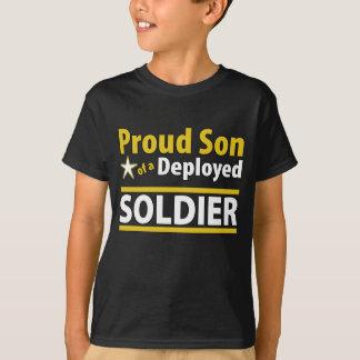 Hijo orgulloso de encargo de un soldado desplegado playera
