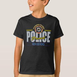 Hijo orgulloso de la policía playera