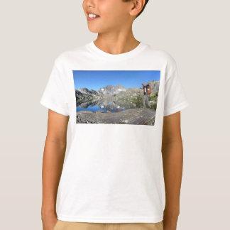 Hiker by Garnet Lake Banner Peak - John Muir Trail T-Shirt