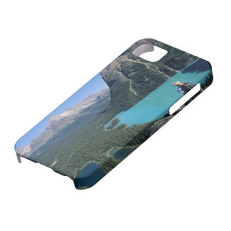 Hiker overlooking turquoise-colored Lake iPhone SE/5/5s Case
