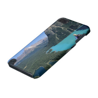 Hiker overlooking turquoise-colored Lake iPod Touch (5th Generation) Case