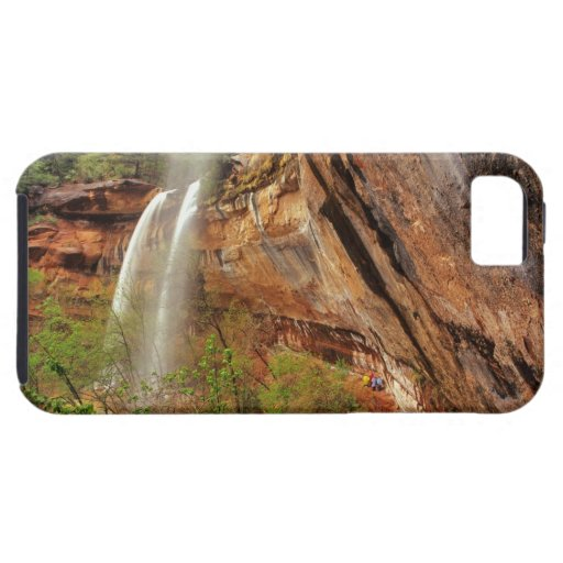 Hiking The Emerald Pools Trail in Zion National iPhone 5 Cover