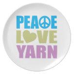 Hilado del amor de la paz platos para fiestas