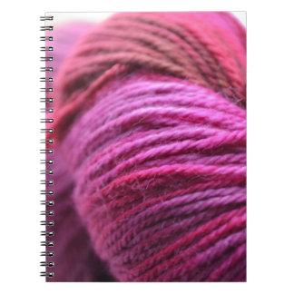 Hilado rosado vibrante libros de apuntes
