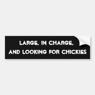 HilariTee: Grande, responsable, buscando Chickies Pegatina Para Auto