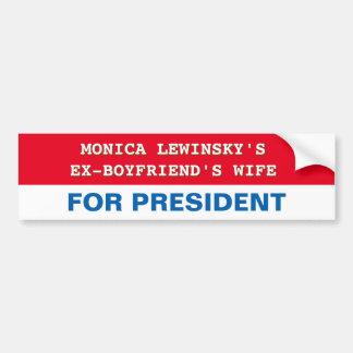Hillary Clinton divertida para el presidente Pegatina Para Auto