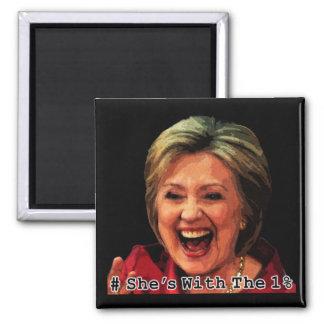 Hillary Hashtag: Ella está con el 1% Imán Cuadrado