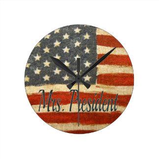 Hillary Mrs President 2016 Round Clock