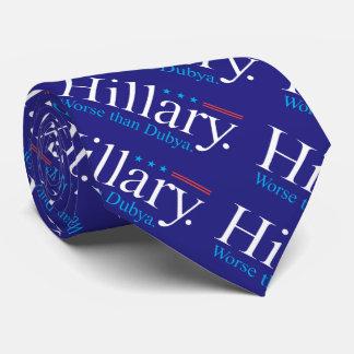 Hillary. Peor que Dubya. Corbatas