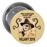Hillary tiene arena pin redondo 7 cm