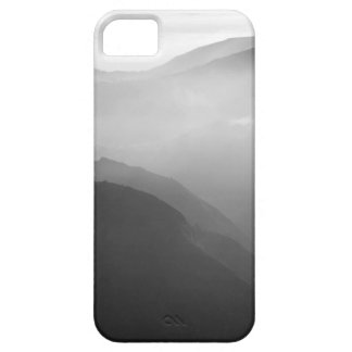 Hils in the mist iPhone SE/5/5s case