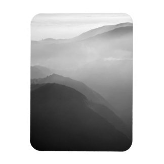 Hils in the mist magnets