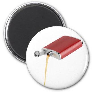 Hip flask magnet