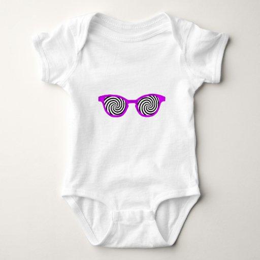 Hipnotice el borde púrpura de las gafas de sol el playera