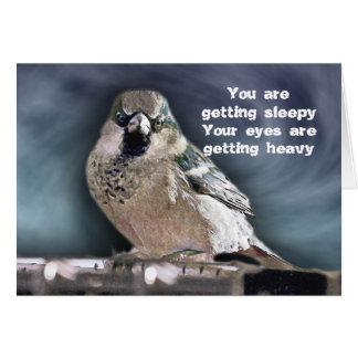 Hipnotizar cumpleaños del pájaro felicitación