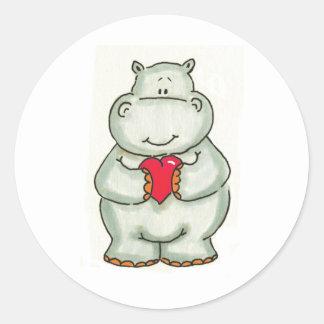 Hipopótamo con el corazón etiquetas redondas
