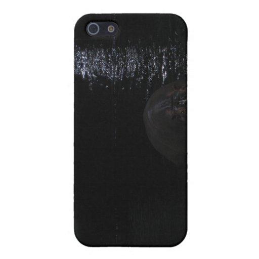 Hipopótamo en la noche iPhone 5 carcasa