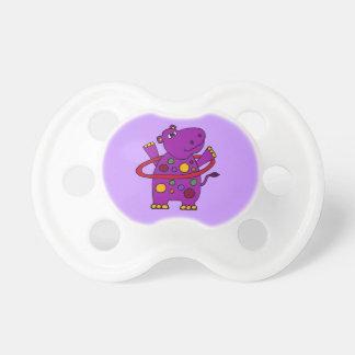 Hipopótamo púrpura divertido que juega el aro de H Chupete De Bebe