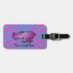 Hipopótamo púrpura en resplandor solar rosado etiqueta de equipaje