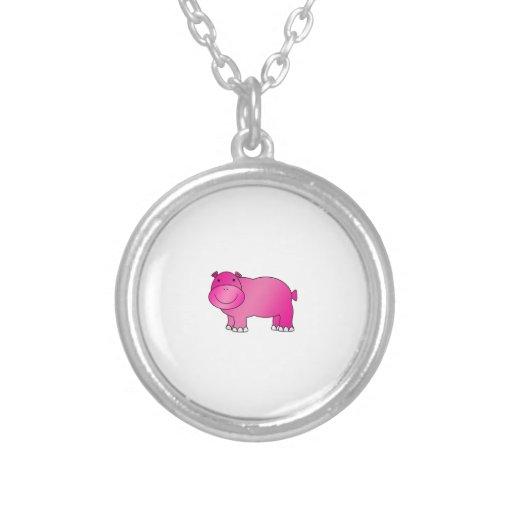 Hipopótamo rosado lindo colgante redondo