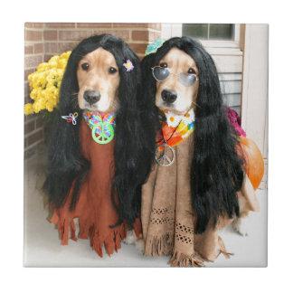 Hippie de Halloween del golden retriever Azulejo Cuadrado Pequeño