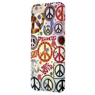 Hippie de la paz y del amor del flower power funda para iPhone 6 plus barely there