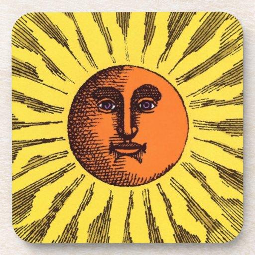 Hippie feliz sonriente Sun del amarillo celestial Posavasos