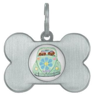 Hippies del Dachshund en su móvil del amor de la Placas De Nombre De Mascota