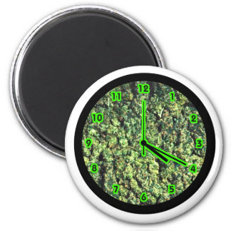 Hippy Bud Clock 2 Inch Round Magnet