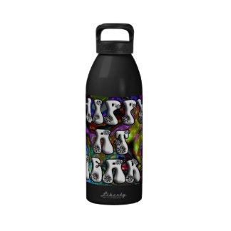 Hippy retro en el corazón psicodélico botella de beber