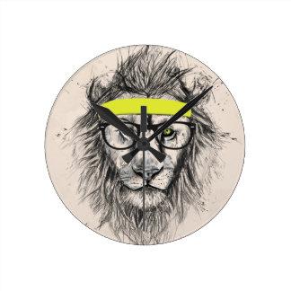 Hipster lion (light background) round clock