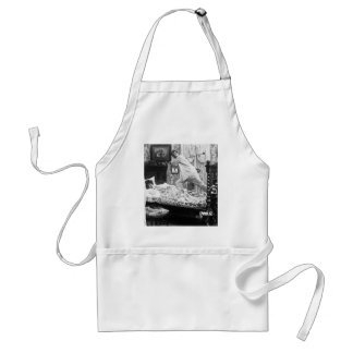 His Golf Dream is Her Golf Nightmare Vintage Adult Apron