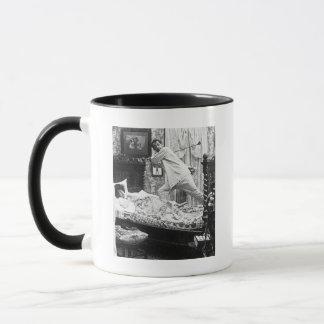 His Golf Dream is Her Golf Nightmare Vintage Mug