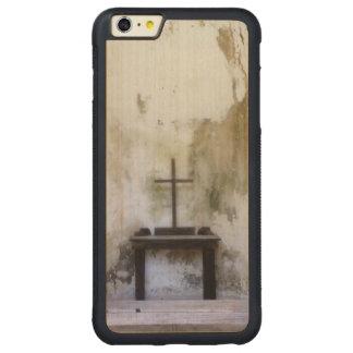 Historic Hope Carved Maple iPhone 6 Plus Bumper Case