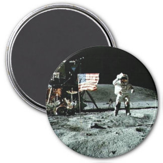 Historical man on the moon 3 inch round magnet