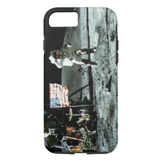 Historical man on the moon iPhone 8/7 case