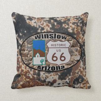 ~ histórico Winslow, Arizona de la ruta 66 Cojín Decorativo