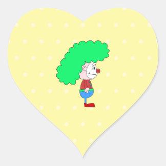Historieta colorida del payaso pegatina de corazón