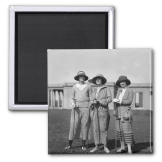 Hitting the Links in Style: 1923 2 Inch Square Magnet