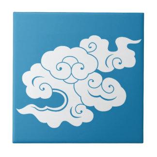HIUN 'flying clouds' Tile