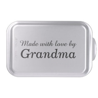 """""""Hizo con amor el molde para pasteles de la abuela"""