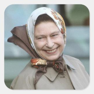 HM reina Elizabeth II-Windsor 1983 Calcomanías Cuadradas Personalizadas