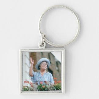 HM reina Elizabeth, la reina madre 1985 Llavero Cuadrado Plateado