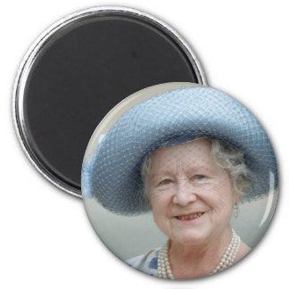HM reina Elizabeth, la reina madre 1988 Imán Redondo 5 Cm