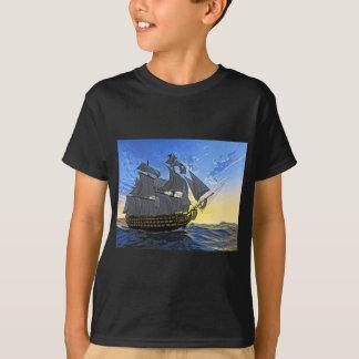 HMS Victory en el amanecer Playera