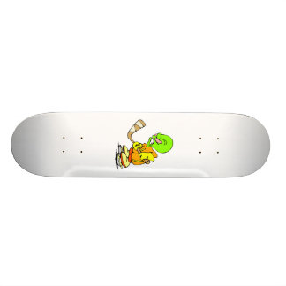 Hockey Alien Skateboard