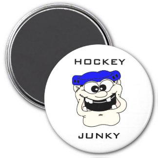 HOCKEY JUNKY MAGNET
