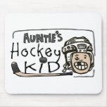 Hockey Kid de tía Tapetes De Ratón
