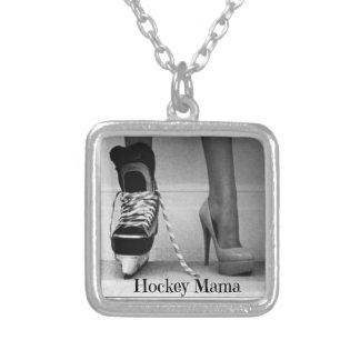 HOCKEY MAMA NECKLACE