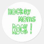 Hockey Moms Rock ! (green) Classic Round Sticker